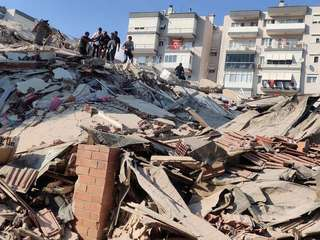 1031 地震.jpg